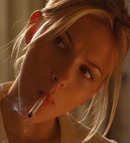 Scarlett Johansson Smoking